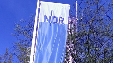 NDR-Fahne Rothenbaumchaussee