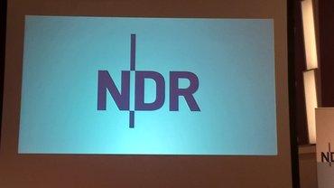 NDR-Logo auf Leinwand