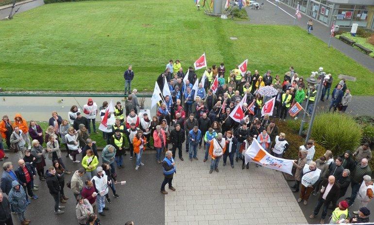 Warnstreik beim Saarländischen Rundfunk mit rund 200 Beteiligten